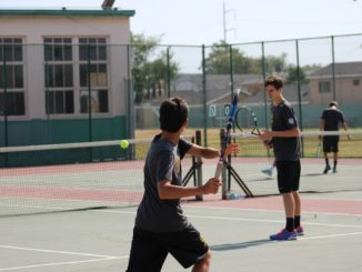 Boys tennis defeated South Torrance.
