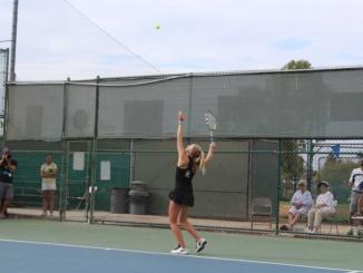 Junior Maya Serota serving to West Torrance High Schools number two singles player.