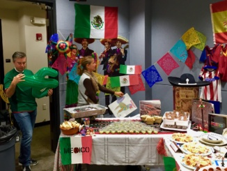 Manhattan Beach residents set up a booth representing Mexico. Approximately 100 residents attended the event and represented their different countries. (Reproduced with the permission of Aki Ogihara)