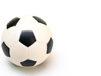 soccer-ball-1390575053DHe