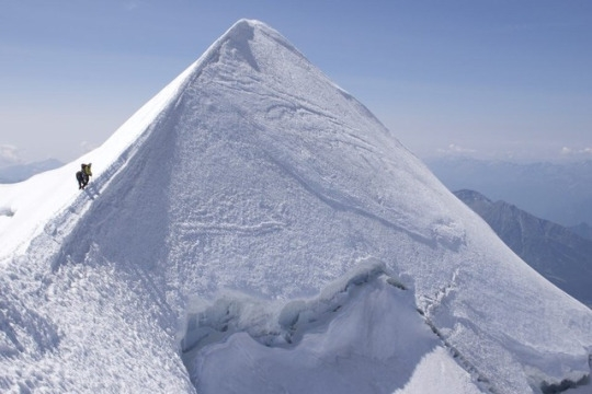tumblr_or5patO5ks1u2sxh2o1_540