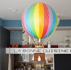Manhattan Beach's newly opened french cuisine restaurant, Les P'Tits Breton, provides a new and  refreshing cuisine to the norm. The restaurant opened on August 27th.