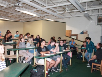 Students participate in the new fitness and nutrition class that they will get their health credit for. Many students may be more inclined to take this class as they can receive their health credit.