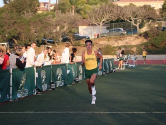 (Middle) Senior Xavier Court runs during his race. The Mira Costa Cross Country team won the Bay League meet of the year on Thursday surpassing Palos Verdes, Peninsula, and Redondo High School.