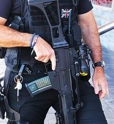 policeman-2585928__340
